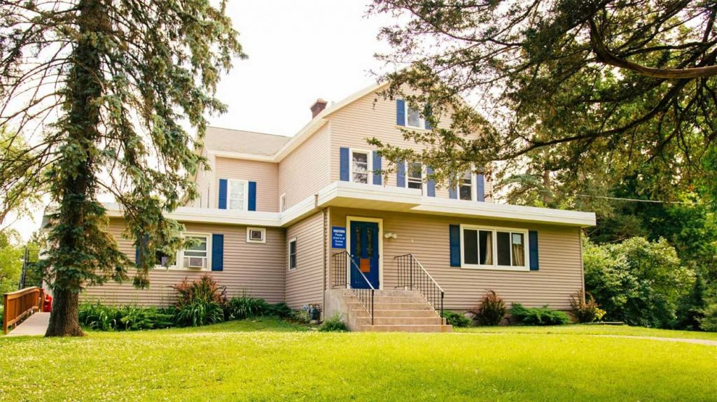 Burkwood Treatment Center - Hudson, Wisconsin Alcohol And Drug Rehab Centers